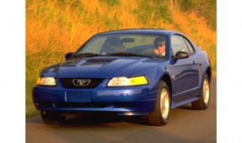 Photo 1999 Ford Mustang