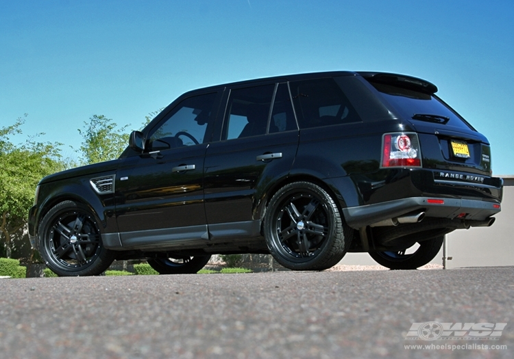 how to change tire on range rover sport