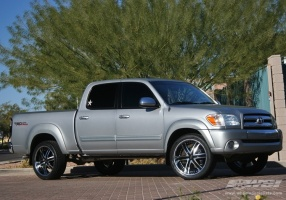 toyota tundra custom wheels lexani lss 10 24x et tire. Black Bedroom Furniture Sets. Home Design Ideas