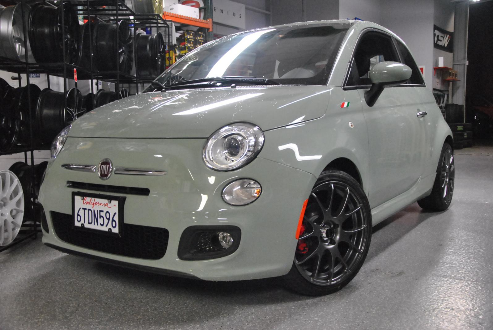 fiat 500 custom wheels competizione 17x et tire size. Black Bedroom Furniture Sets. Home Design Ideas