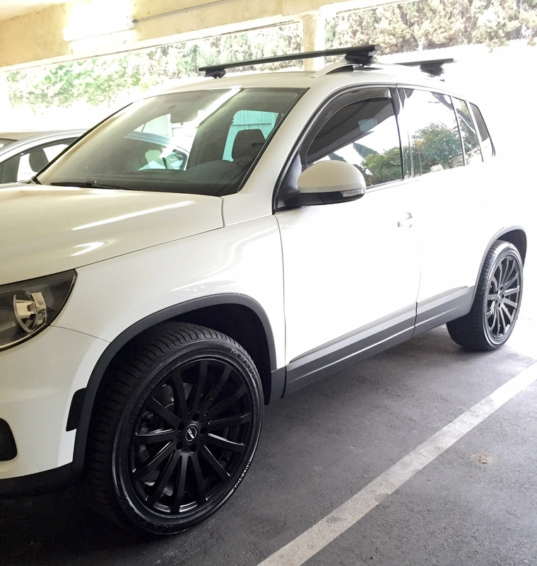 Volkswagen Tiguan Custom Wheels Mrr Hr09 19x8 5 Et Tire Size 255
