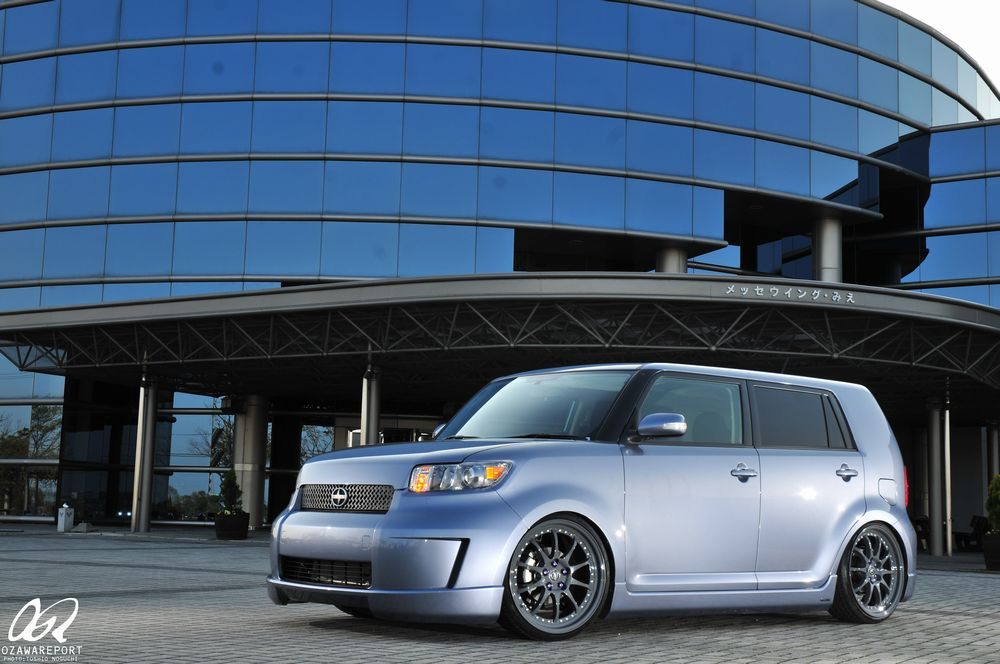 photo 1 Scion xB custom wheels Forgestar F10 20x8.5, ET +45, tire size 225/30 R20. 20x9.0 ET+38 235/30 R20
