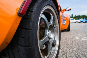 Lotus  Elise tire size