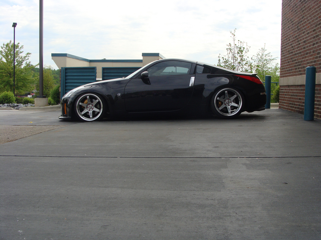 Nissan 350z Custom Wheels Rays Engineering Volk Racing