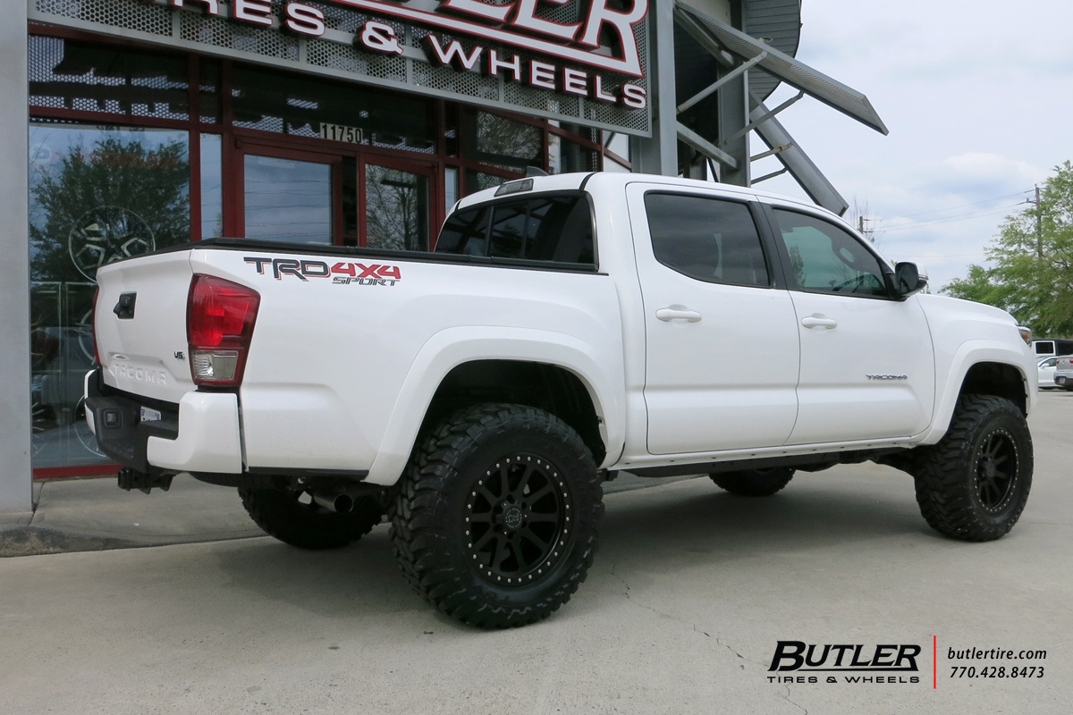 ... Photo 2 Toyota Tacoma Custom Wheels Black Rhino Mint 18x, ET , Tire Size  /