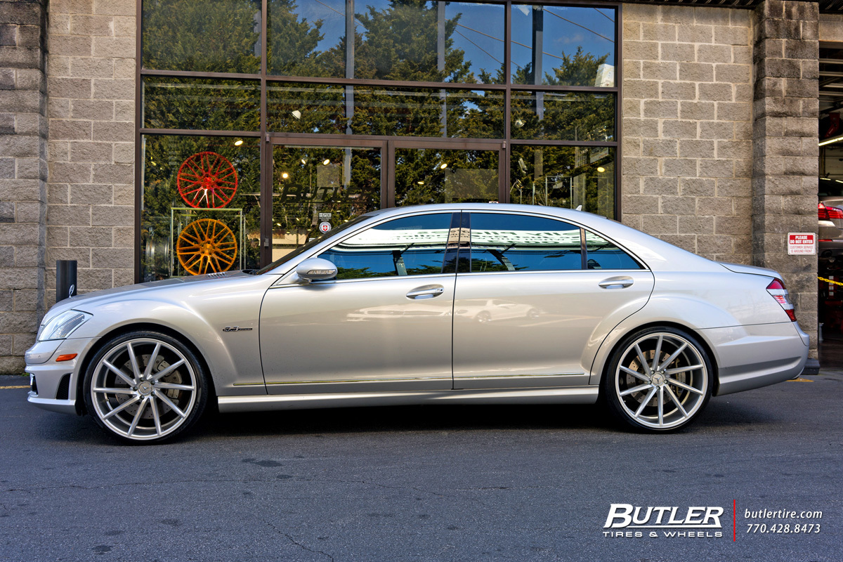 Mercedes benz s class custom wheels vossen cvt 22x et for Mercedes benz tire sizes