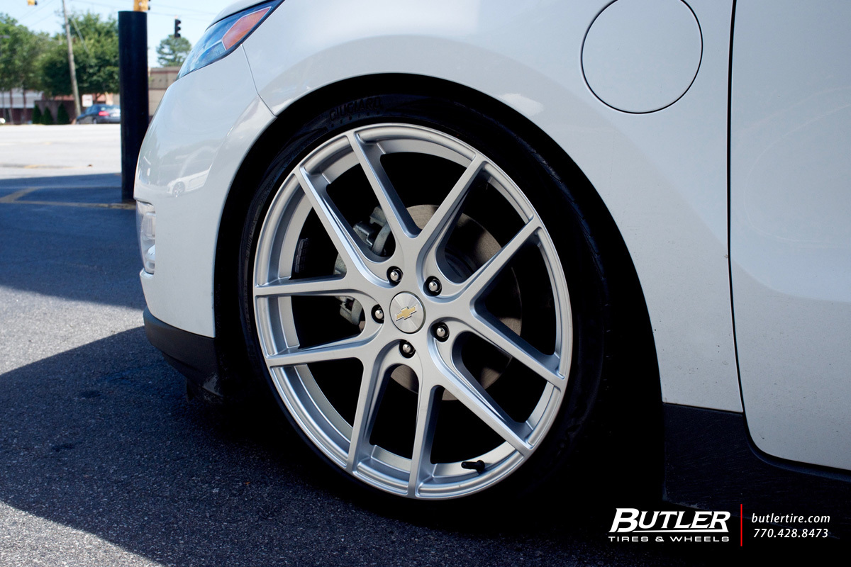 Chevy Volt Custom Wheels >> Chevrolet Volt custom wheels TSW Geneva 20x, ET , tire size / R20. x ET