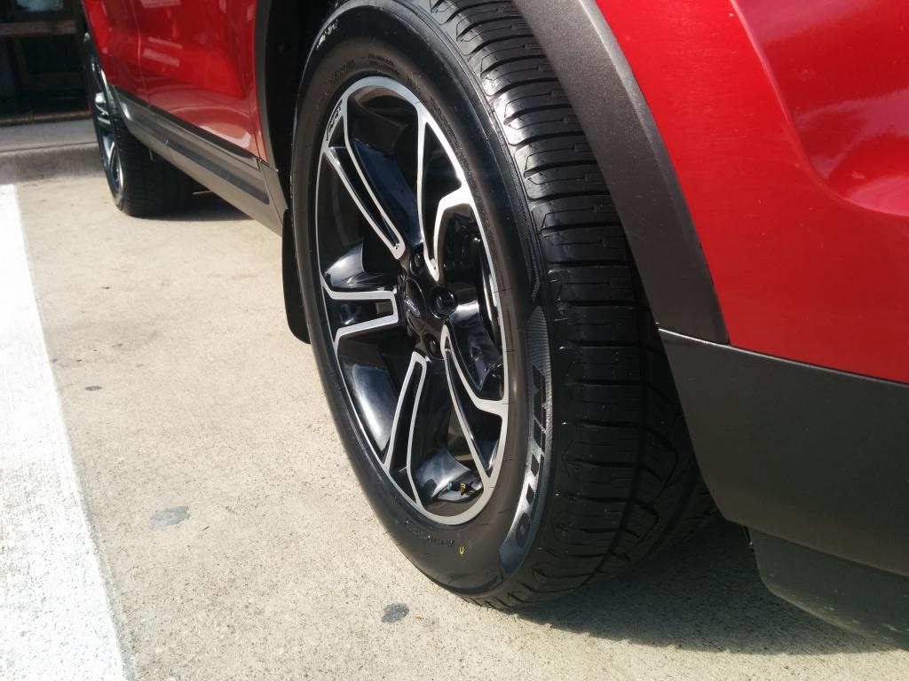 photo 1 Ford Explorer custom wheels OEM Ford  20x, ET , tire size 265/50 R20. x ET