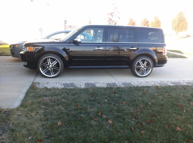photo 1 Ford Flex custom wheels   22x9.5, ET , tire size 265/35 R22. x ET