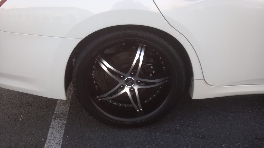photo 1 Nissan Maxima custom wheels   20x8.5, ET +40, tire size 255/35 R20. x ET