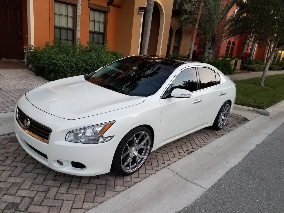 photo 2 Nissan Maxima Rohana RFX5 20x10.0