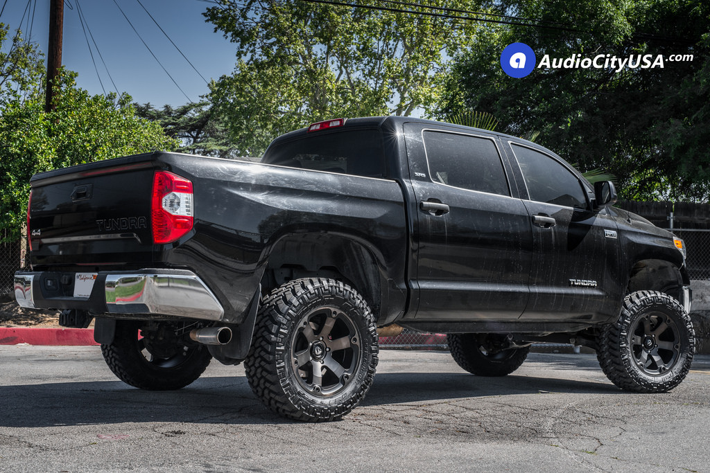 photo 5 Toyota Tundra Fuel D564 20x9.0