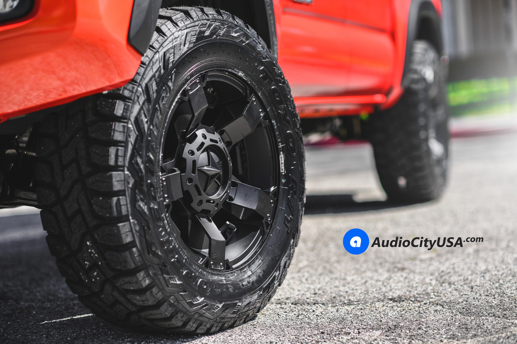 photo 3 Toyota Tacoma custom wheels XD 811 18x9.0, ET , tire size 285/65 R18. x ET