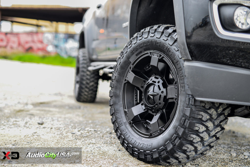 photo 1 Chevrolet Colorado XD 811 Rockstar 2 18x9.0