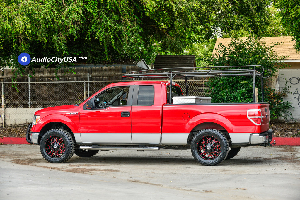photo 4 Ford F-150 custom wheels Scorpion SC-19 20x9.0, ET , tire size 315/50 R20. x ET