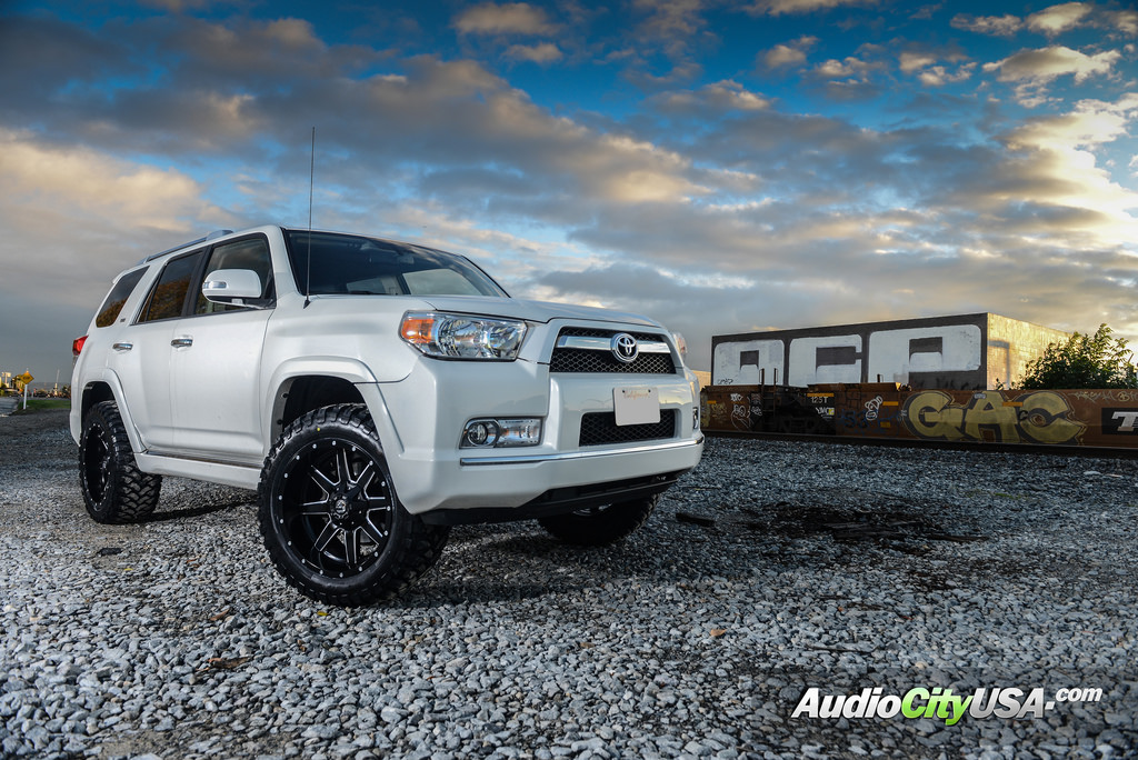 photo 5 Toyota 4Runner custom wheels Fuel D538 20x10.0, ET , tire size 315/50 R20. x ET