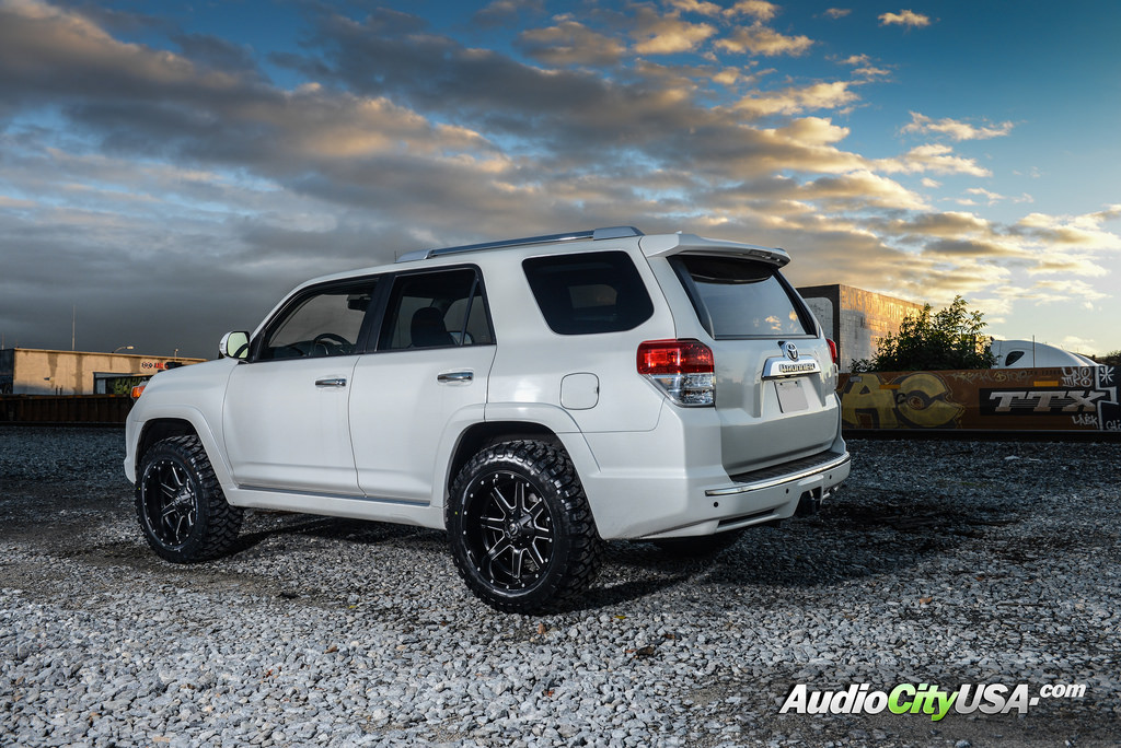 photo 6 Toyota 4Runner custom wheels Fuel D538 20x10.0, ET , tire size 315/50 R20. x ET