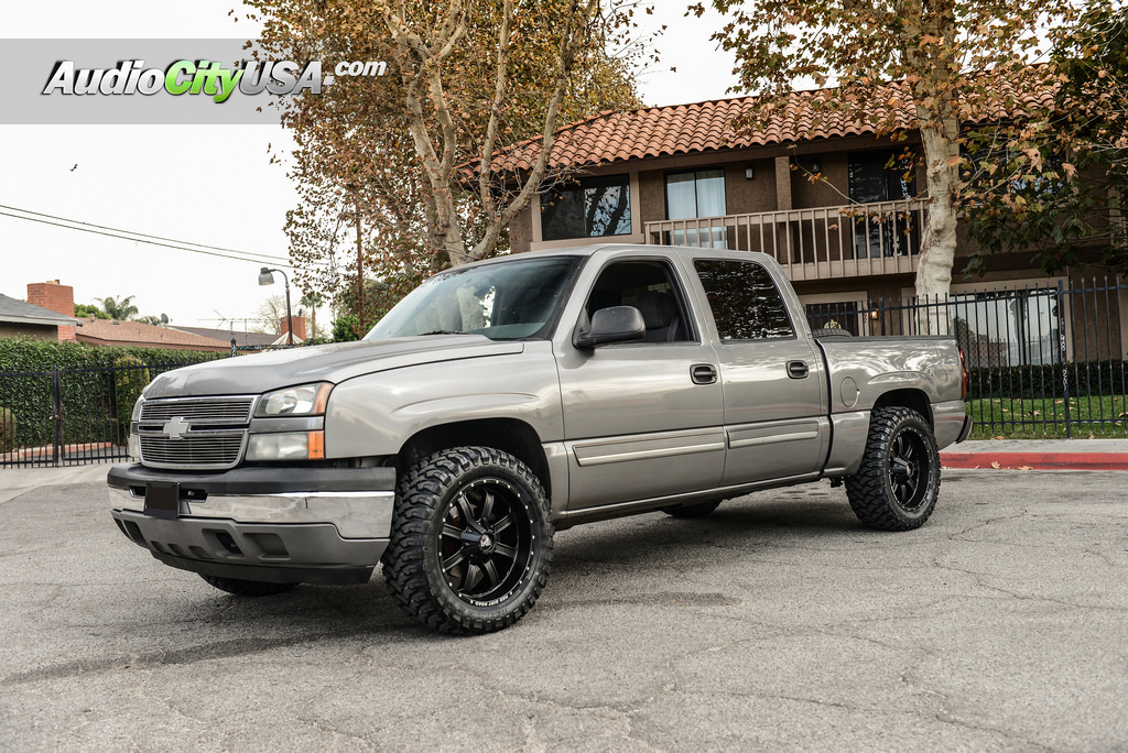 photo 2 Chevrolet Silverado 1500 custom wheels RDR RD01 20x9.0, ET , tire size 315/50 R20. x ET