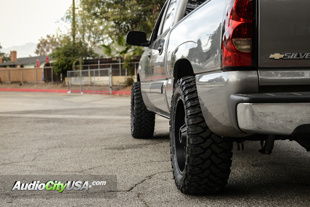 photo 3 Chevrolet Silverado 1500 custom wheels RDR RD01 20x9.0, ET , tire size 315/50 R20. x ET