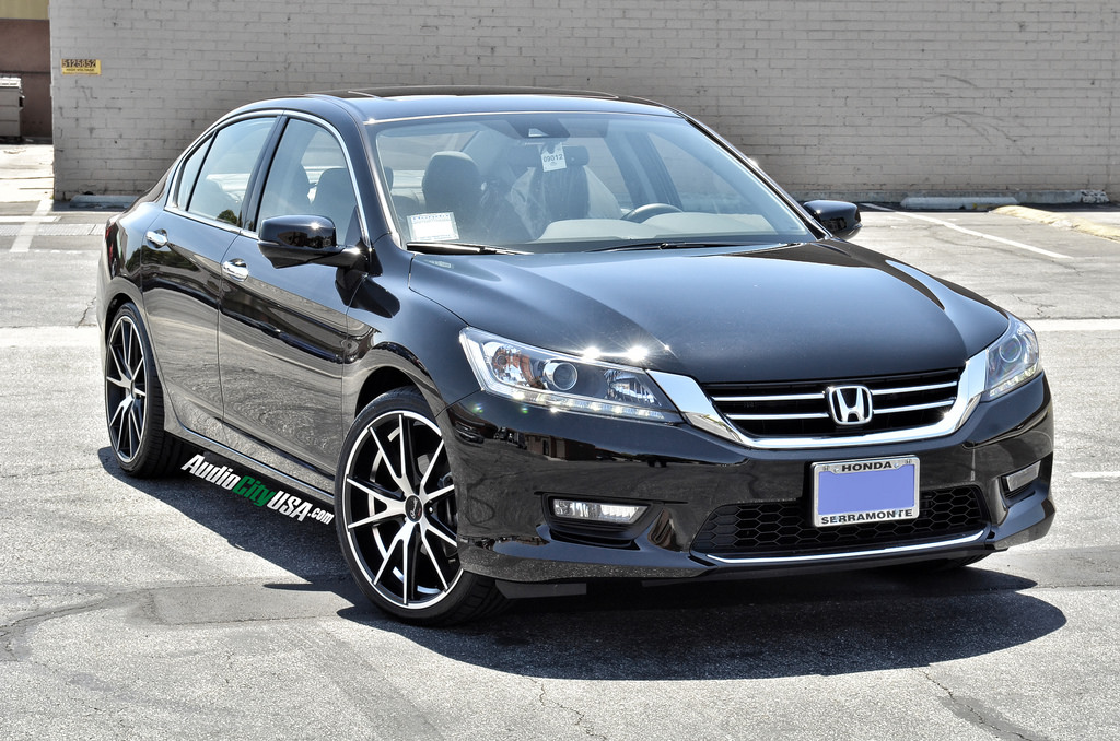 photo 4 Honda Accord custom wheels Gianelle Davalu Black 20x8.5, ET , tire size 245/35 R20. x ET