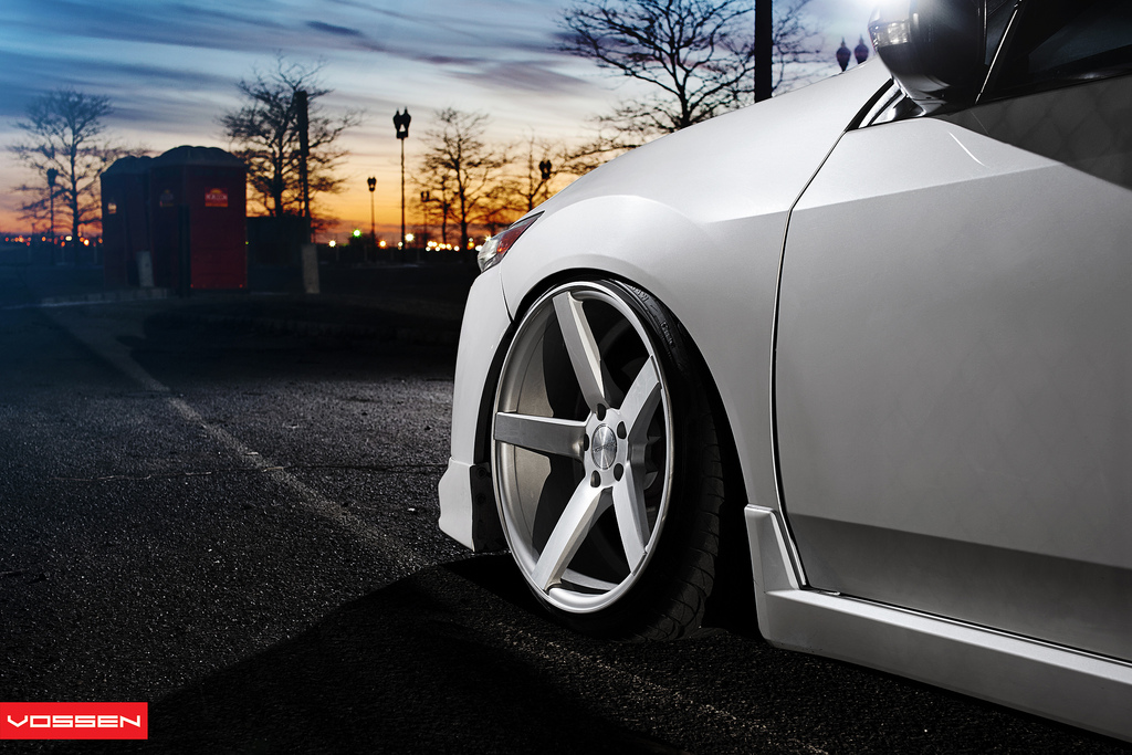 acura tsx custom wheels vossen vvs cv3 20x10 5 et tire. Black Bedroom Furniture Sets. Home Design Ideas