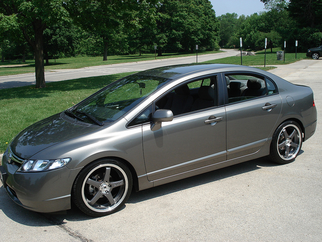 Honda Civic Custom Wheels Axis 18x8 5 Et 40 Tire Size