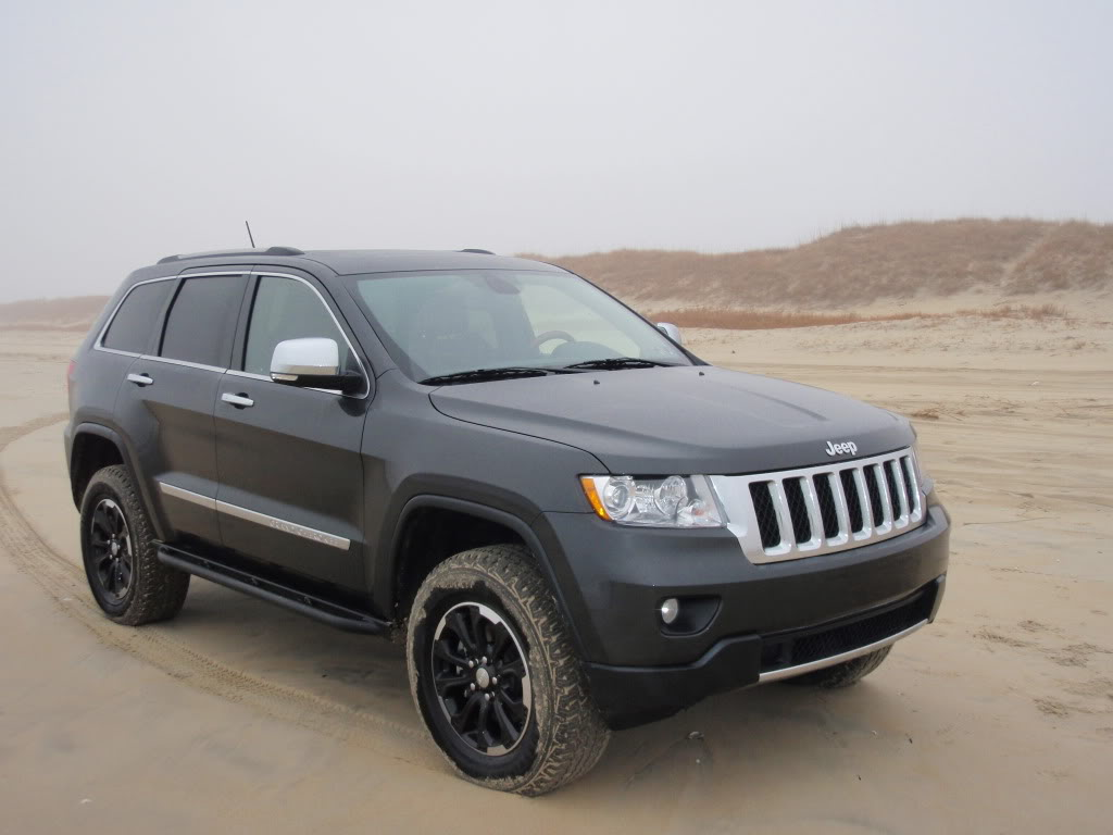 jeep grand cherokee custom wheels moose 18x et tire. Black Bedroom Furniture Sets. Home Design Ideas
