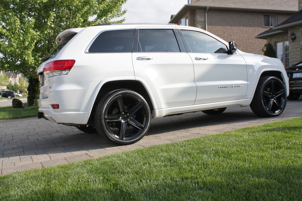... Photo 2 Jeep Grand Cherokee Custom Wheels FR 22x10.0, ET , Tire Size