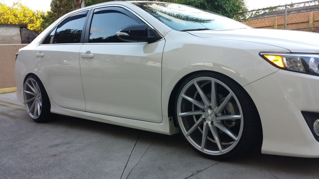Photo 1 Toyota Camry Custom Wheels Vossen Cvt 20x9 0 Et Tire Size