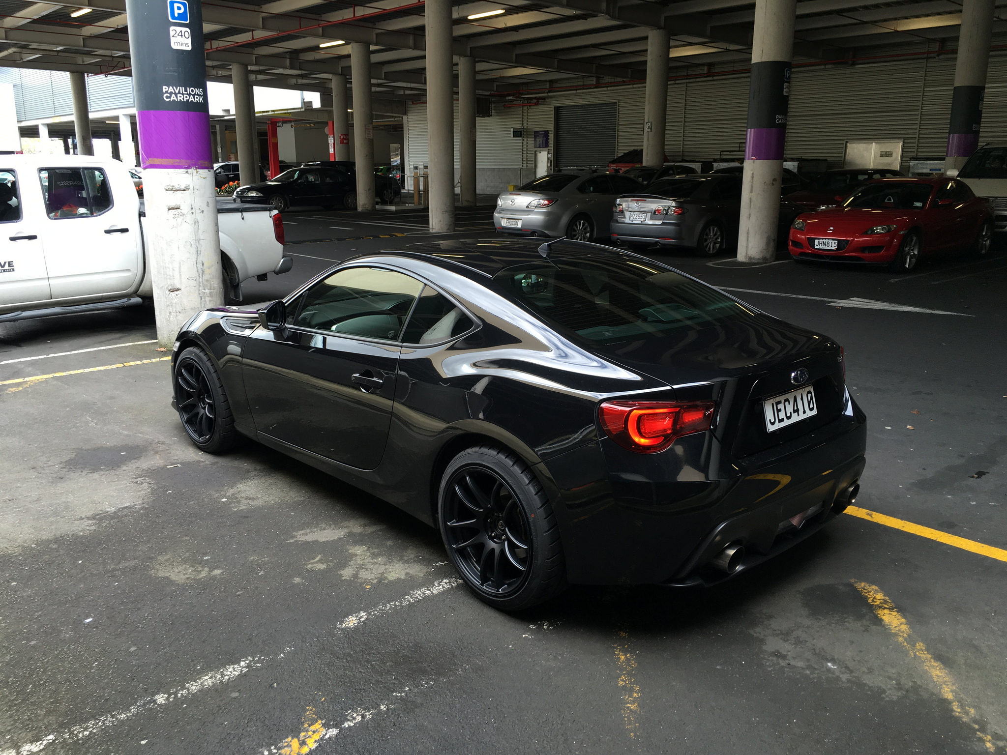 subaru brz custom wheels work kiwami 18x9 5 et 38 tire. Black Bedroom Furniture Sets. Home Design Ideas