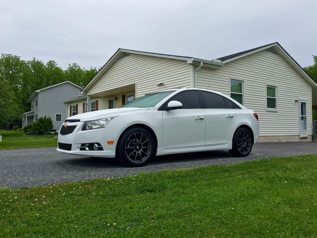 Chevrolet Cruze Custom Wheels Sparco Assetto Gara 18x8 0