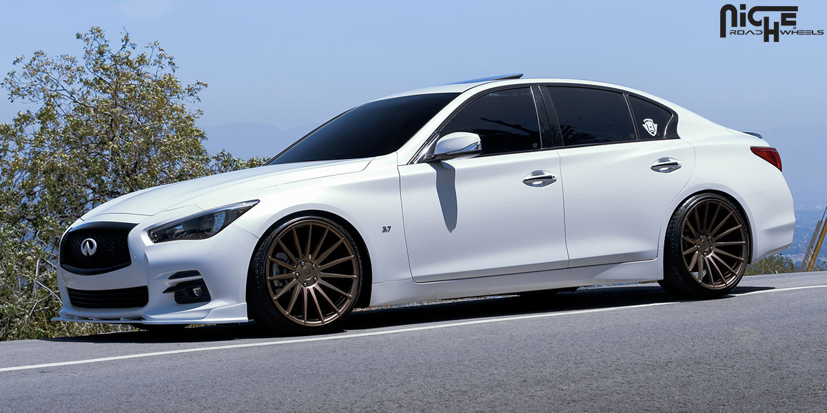 Infiniti Q50 custom wheels Niche Form - M158 20x10.0, ET ...