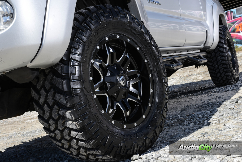 Photo 1 Toyota Tacoma Custom Wheels Fue Lethal D567 18x9.0, ET , Tire ...