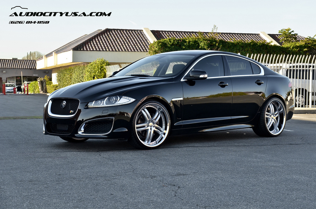 jaguar xf custom wheels xix x 15 22x9 0 et tire size. Black Bedroom Furniture Sets. Home Design Ideas