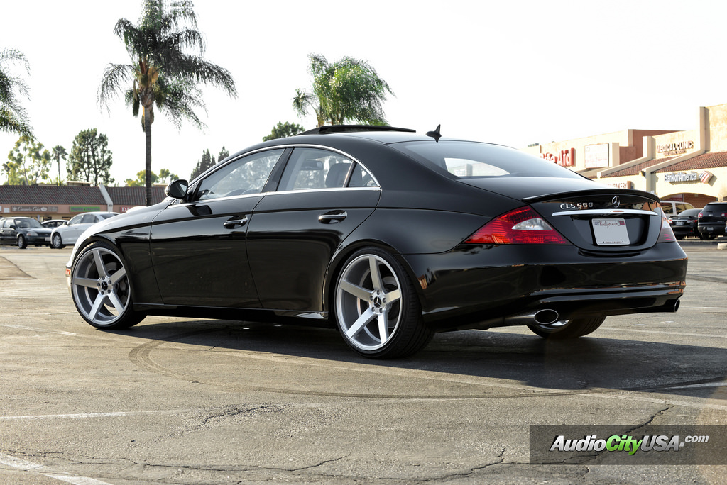 Mercedes benz cls class custom wheels str 607 20x9 0 et for Mercedes benz tire sizes