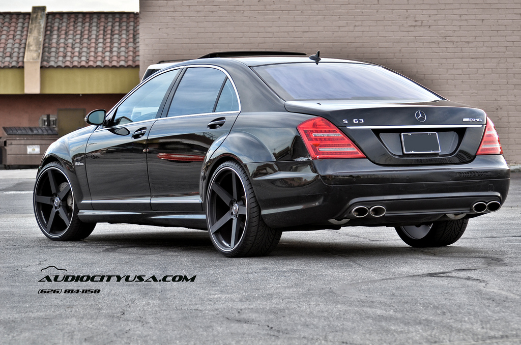 Mercedes benz s class custom wheels giovanna koko kuture for Mercedes benz tire sizes