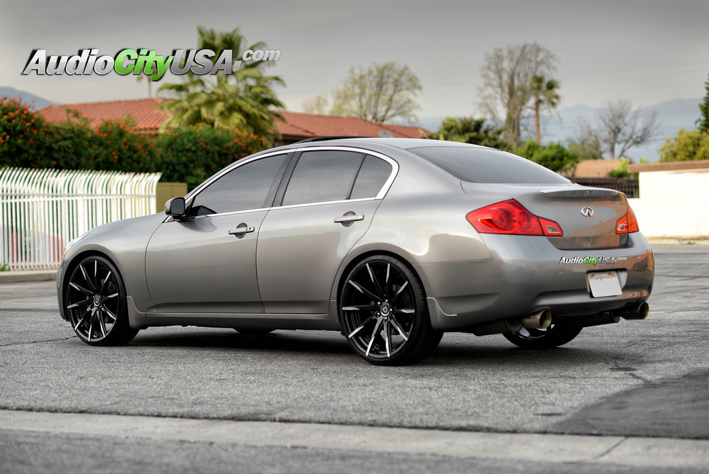 infiniti g35x custom wheels lexani css 15 22x9 0 et. Black Bedroom Furniture Sets. Home Design Ideas