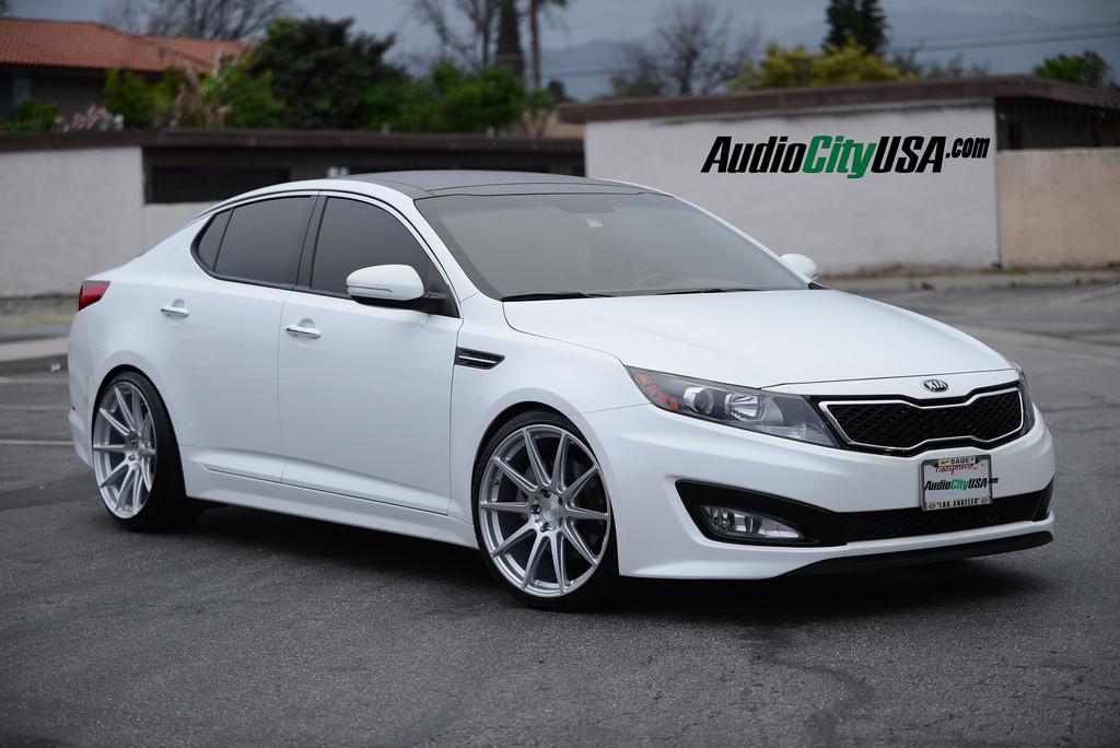 Kia Optima Custom Wheels Niche Essen M146 20x8 5 Et