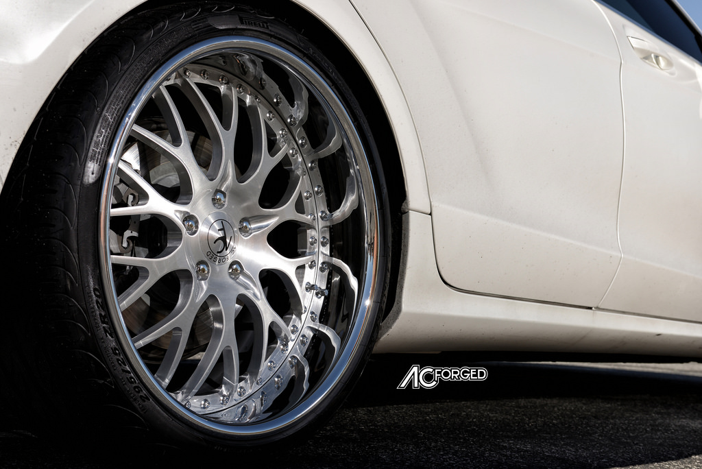 Mercedes benz cls class custom wheels ac 313 20x9 0 et for Mercedes benz tire sizes
