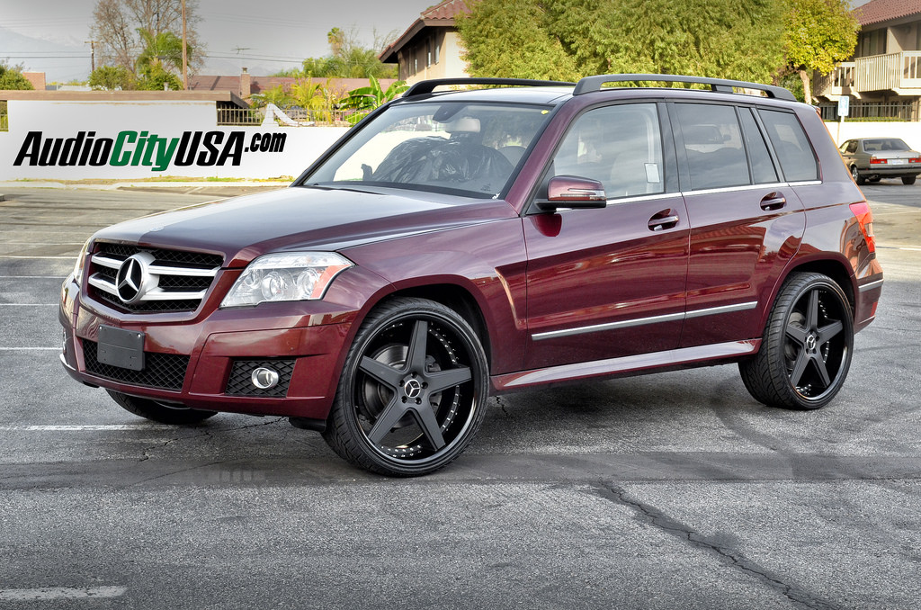 Mercedes benz glk class custom wheels azad a008 22x9 0 et for Mercedes benz tire sizes