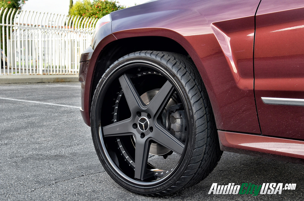 Mercedes benz glk class custom wheels azad a008 22x9 0 et for Mercedes benz route 22