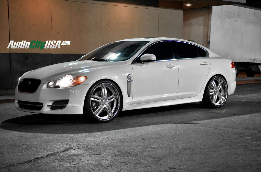 Jaguar Xf Custom Wheels Xix X15 22x9 0 Et Tire Size 245