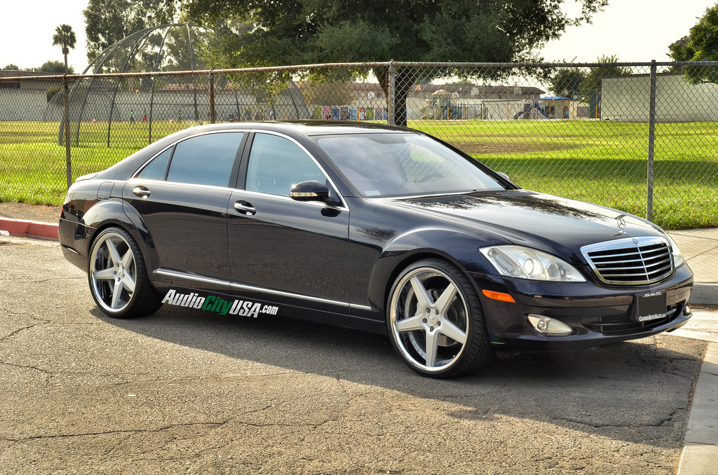 Mercedes benz s class custom wheels azad a008 22x9 0 et for Mercedes benz tire sizes