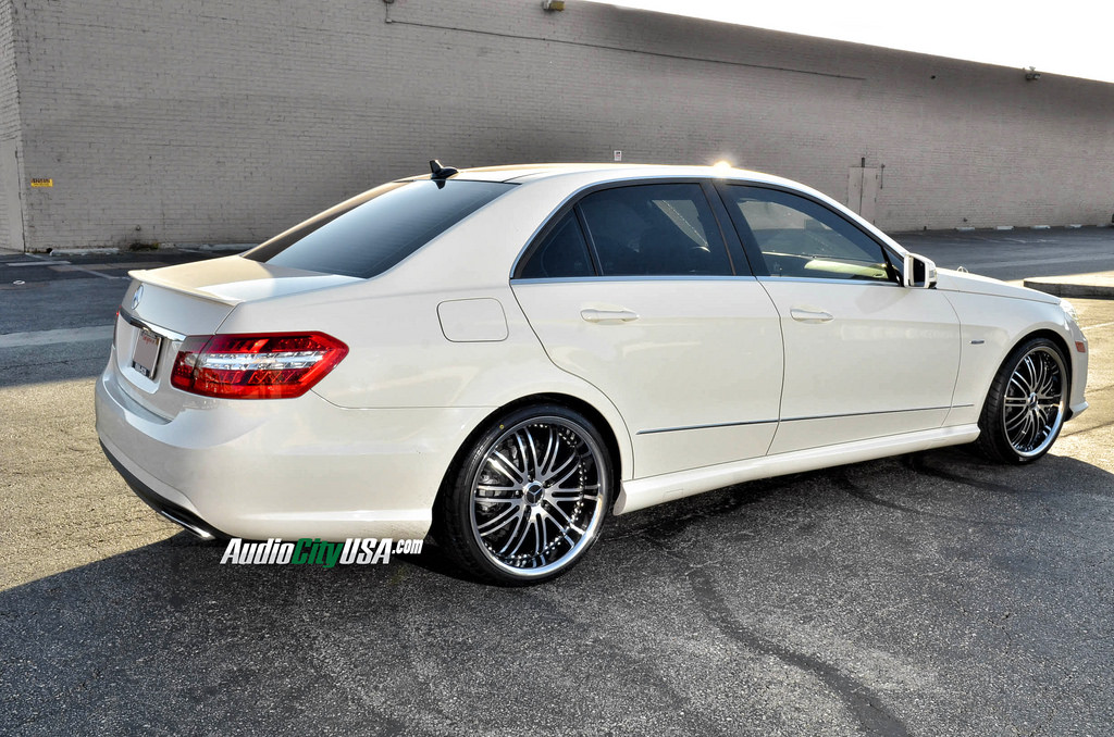 Mercedes Benz E Class Custom Wheels Xix X23 20x8 5 Et Tire Size 245 30 R20 20x10 0 Et 255 30 R20