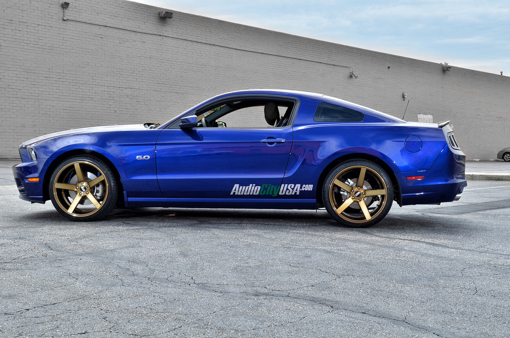 ford mustang custom wheels str 607 20x10 5 et tire size. Black Bedroom Furniture Sets. Home Design Ideas