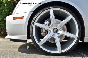 Cadillac  STS tire size
