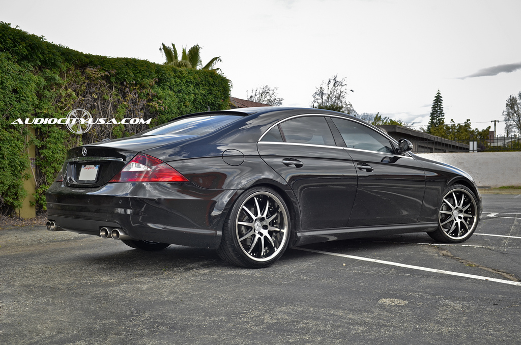Mercedes benz cls class custom wheels niche spa m879 20x for Mercedes benz tire sizes