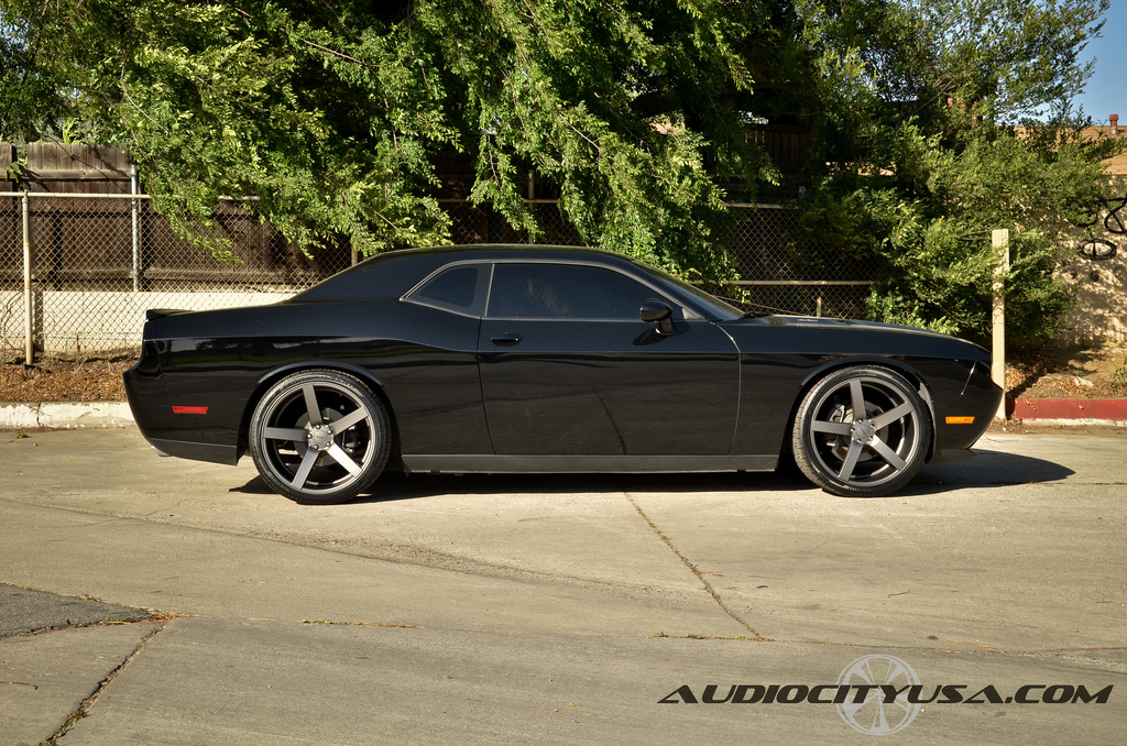 photo 3 Dodge Challenger custom wheels Vossen CV3 22x9.0, ET , tire size 265/35 R22. 22x10.5 ET 295/30 R22