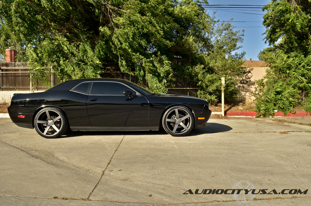 photo 4 Dodge Challenger custom wheels Vossen CV3 22x9.0, ET , tire size 265/35 R22. 22x10.5 ET 295/30 R22