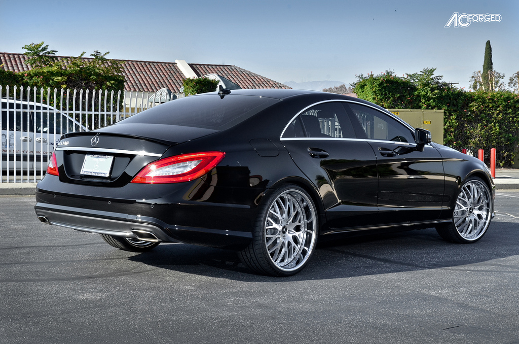 Mercedes Benz Cls Class Custom Wheels Ac 313 22x8 5 Et Tire Size 235 30 R22 22x10 5 Et 275
